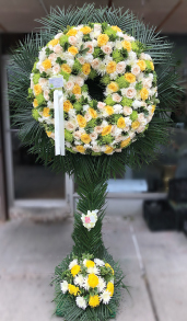 YELLOW AND GREEN ASSORTED WREATH